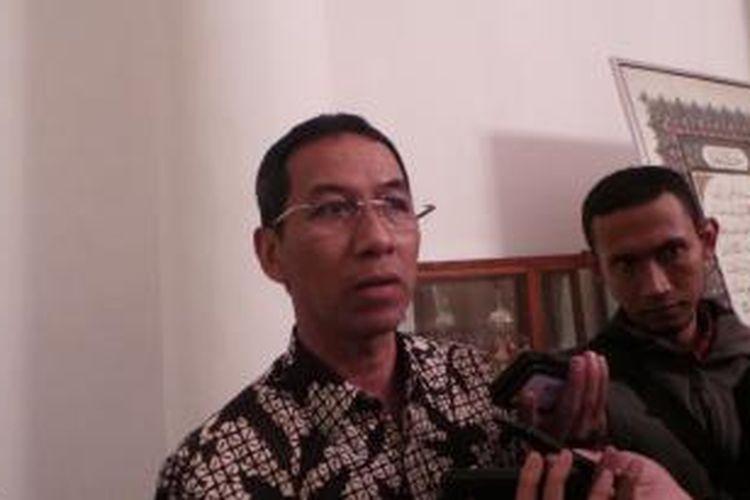 Kepala Badan Pengelola Keuangan dan Aset Daerah (BPKAD) DKI Heru Budi Hartono, seusai mengikuti rapat monorel, di Balai Kota, Kamis (9/7/2015).