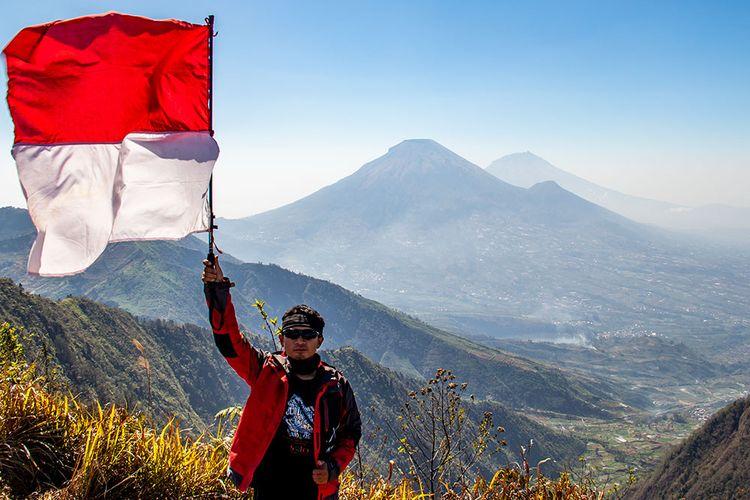 Pemandangan di Puncak Gunung Bismo (5/10/2019).
