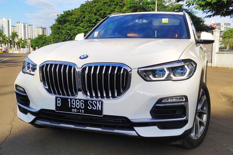 BMW X5 diperkenalkan BMW di Indonesia. Unit ini sudah CKD di Sunter Jakarta Utara