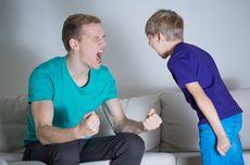 Marah saat Ajari Anaknya, Pria Ini Rahangnya Tak Bisa Menutup