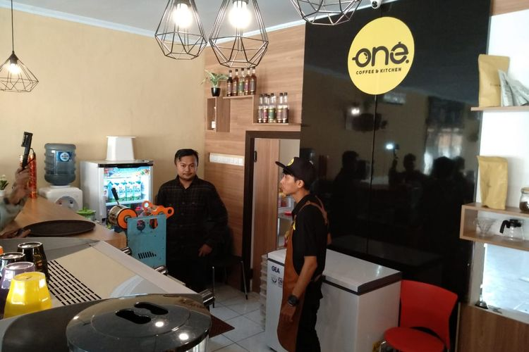 One Coffe and Kitchen