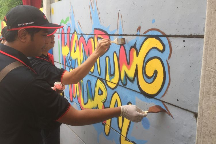 Kampung mural di Kramat Jati, Jakarta Timur.