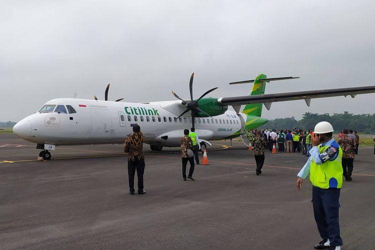 Uji coba pendaratan pesawat milik maskapai Citilink di Bandara JB Soedirman Purbalingga, Jawa Tengah, Kamis (1/4/2021).