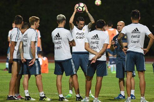 Argentina Tanpa Messi, Di Maria Jadi Sasaran Penggemar di Singapura