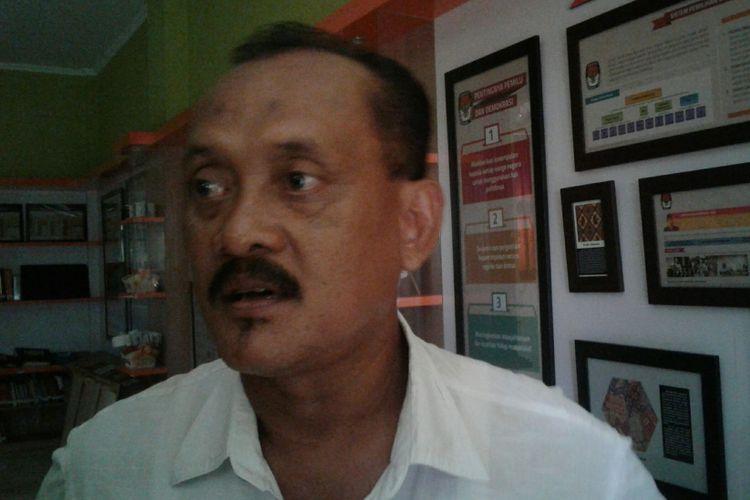 Sekretaris DPD Partai Golkar Solo, Bandung Joko Suryono, di Solo, Jawa Tengah, Kamis (16/11/2017).