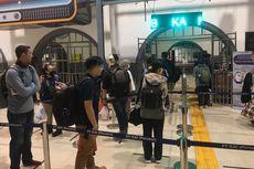 Foto Penerapan Social Distancing di Stasiun KA Daop 1 Jakarta