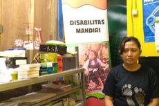 Cerita Nurseha yang Jadi Marketing Meski Miliki Keterbatasan Fisik
