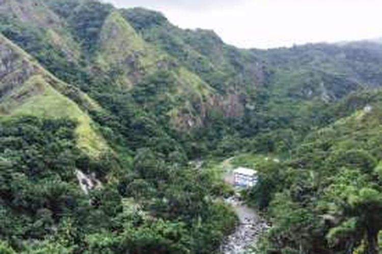 Pemandangan Km 10 Jalan Raya Ende-Maumere