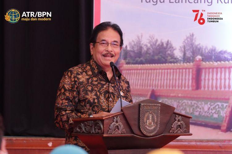 Kementerian ATR/BPN menyerahkan 5.000 sertifikat tanah di Provinsi Riau