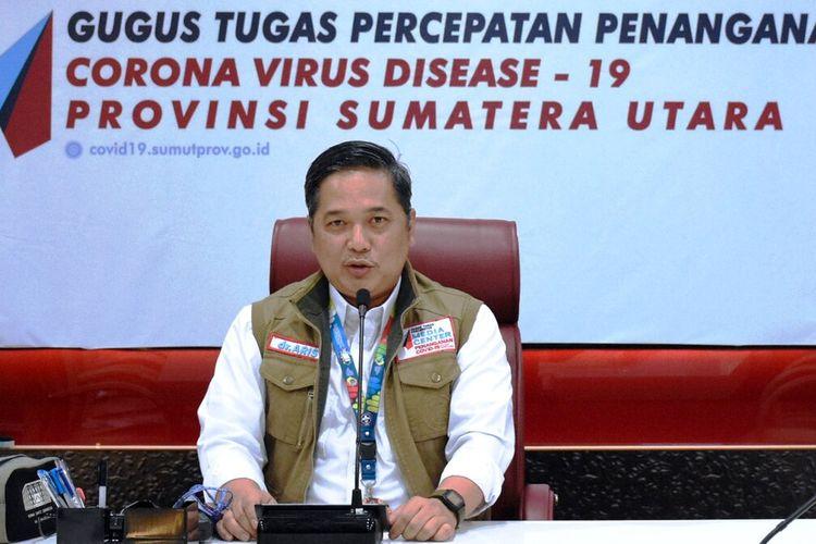 Juru bicara GTPP Covid-19 Aris Yudhariansyah menyampaikan keterangan pers di media center kantor gubernur, Kamis (25/6/2020)