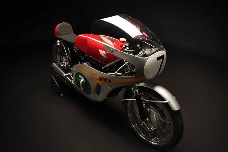 Honda RC166, motor 250 cc 6-silinder