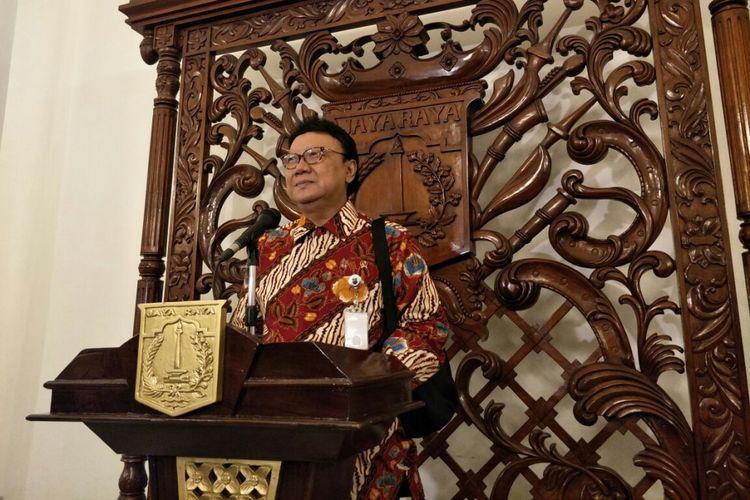 Menteri Dalam Negeri Tjahjo Kumolo di Balai Kota DKI Jakarta, Jalan Medan Merdeka Selatan, Rabu (27/12/2017).