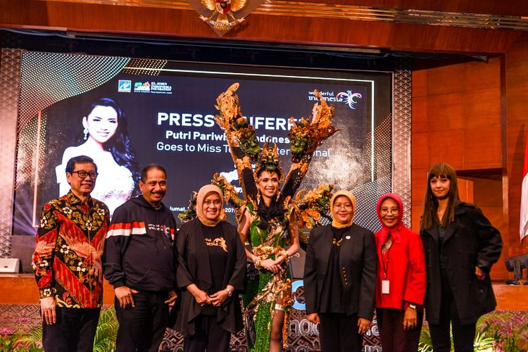 Kemenpar Tunjuk Putri Pariwisata 2018 Maju di Miss Tourism 2019