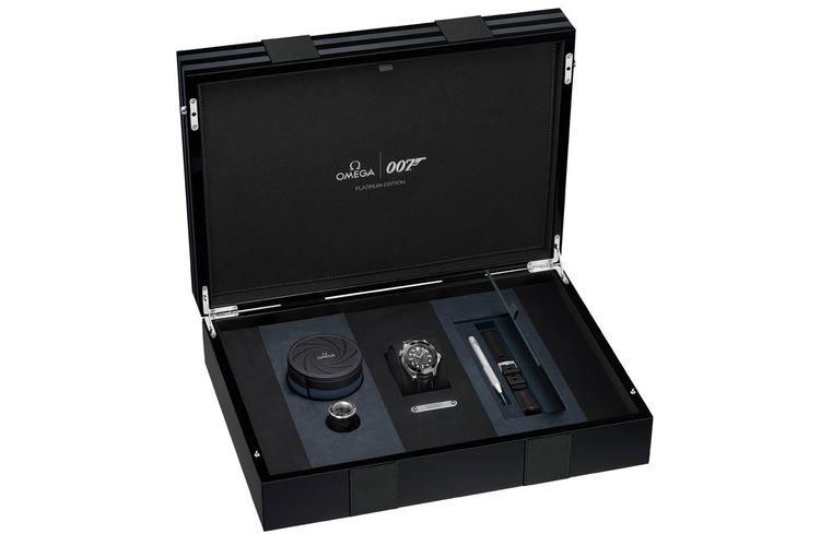 Omega Seamaster Diver 300M James Bond Platinum-Gold