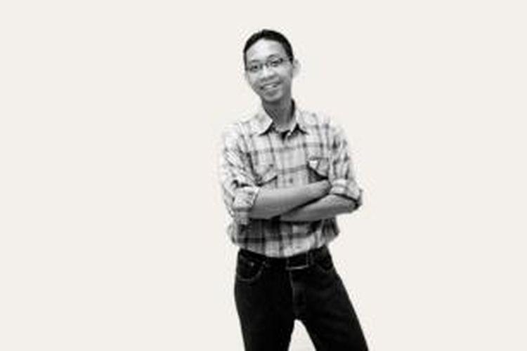 Alumni FMIPA Universitas Lampung, Aditya Prasetya, meninggal saat menjadi pengajar muda di Maluku, Selasa (5/11/2013). Dia adalah relawan dalam program Indonesia Mengajar.