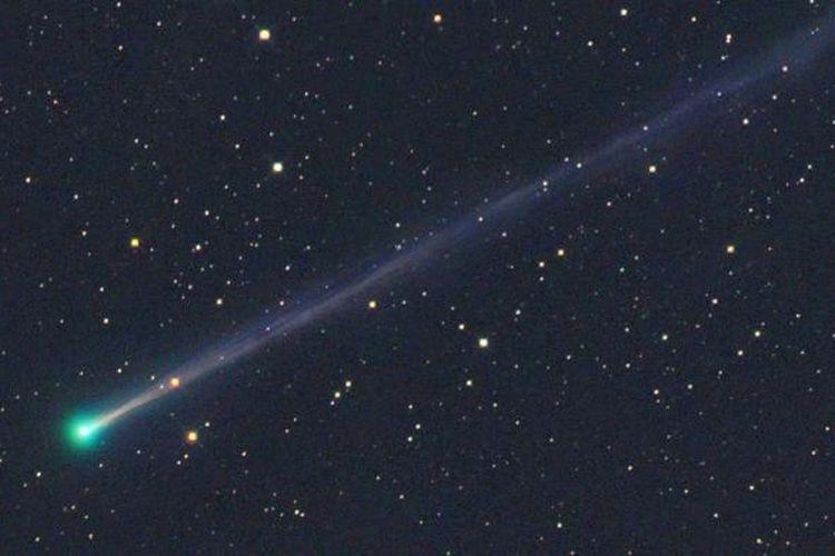 Komet 45P/Honda–Mrkos–Pajdušáková.