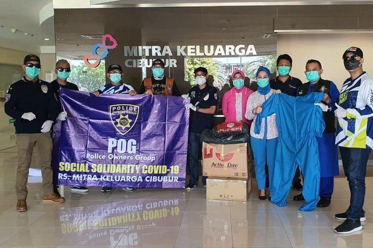 Komunitas moge Police Owner Group (POG) berdonasi di tengah pandemi Covid-19