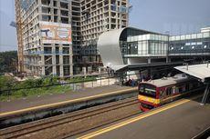 Berkeliling Stasiun Cisauk yang Berarsitektur Futuristik