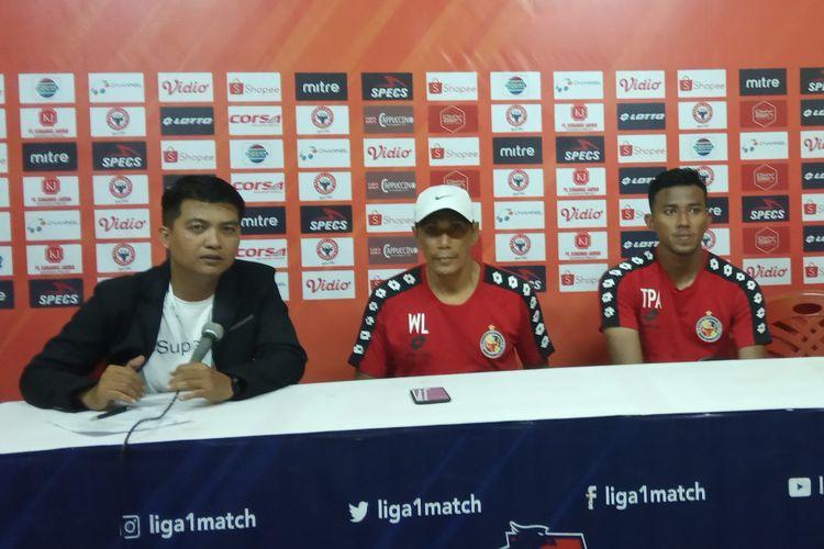 Tim Semen Padang jumpa pers usai pertandingan melawan Arema