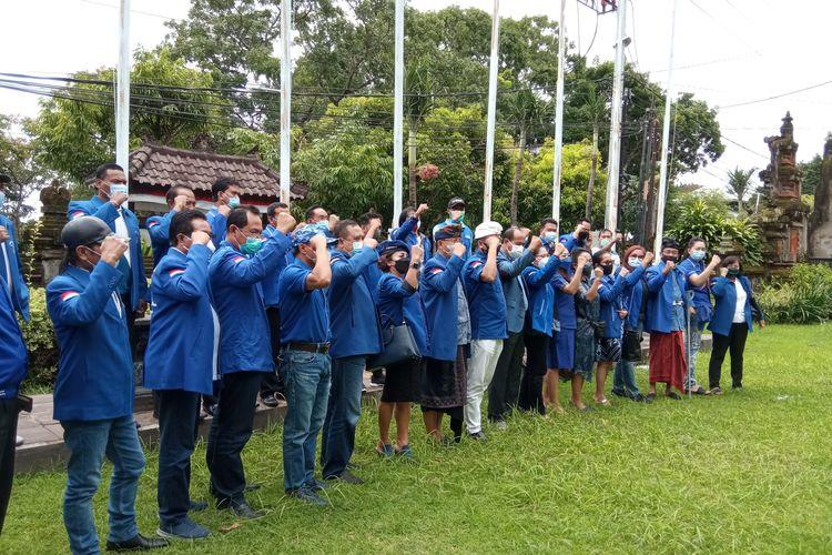 Kader Demokrat Bali berkumpul di Kantor Demokrat Bali, Denpasar, Jumat (5/3/2021).