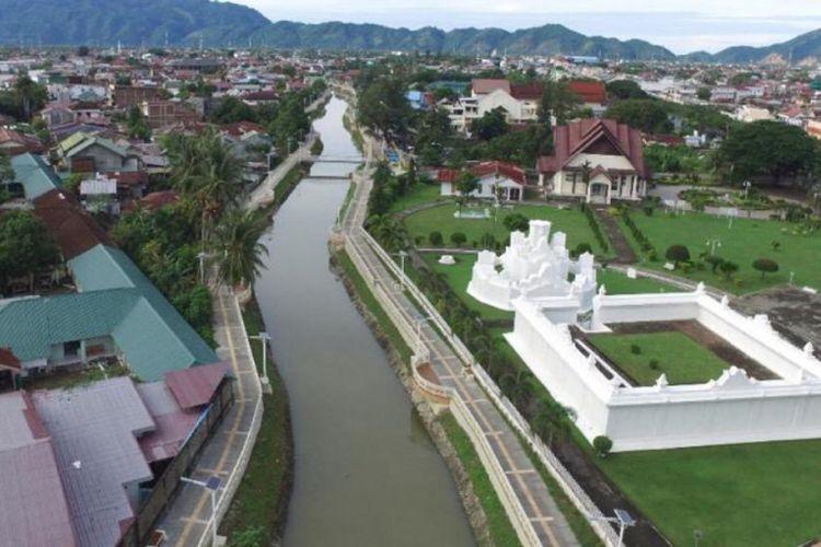 Kawasan Seutui, Banda Aceh, yang berada di tepi Sungai Kreung Daroy.
