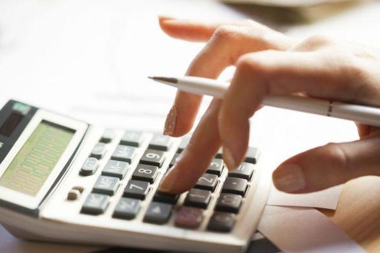 Sebaiknya mahasiswa rantauan memiliki buku khusus untuk mencatat pengeluaran dan pendapatan.