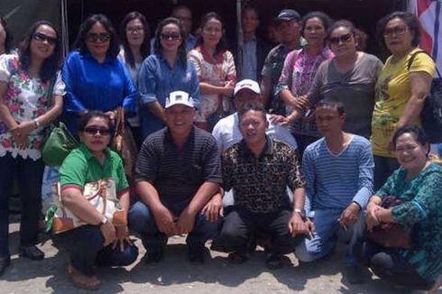 Pegawai Dinkes Medan Beri Donasi untuk Pengungsi Sinabung