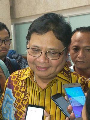 Menteri Perindustrian Airlangga Hartarto di Gedung DPR, Jakarta, Senin (11/3/2019)