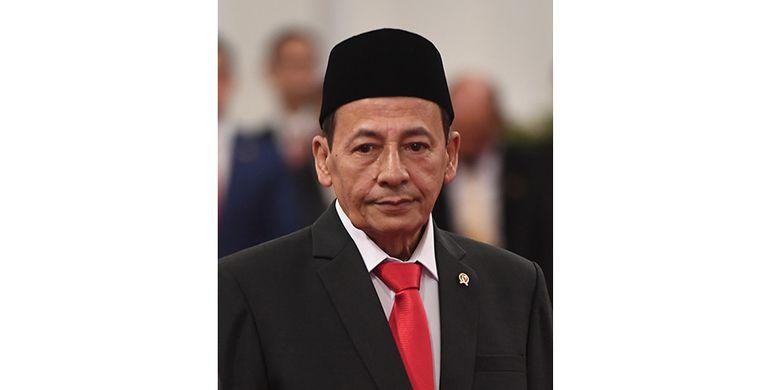 Anggota Dewan Pertimbangan Presiden (Wantimpres) Habib Luthfi bin Yahya berpose sebelum upacara pelantikan di Istana Merdeka, Jakarta, Jumat (13/12/2019). Presiden resmi melantik sembilan orang Wantimpres periode 2019-2024.