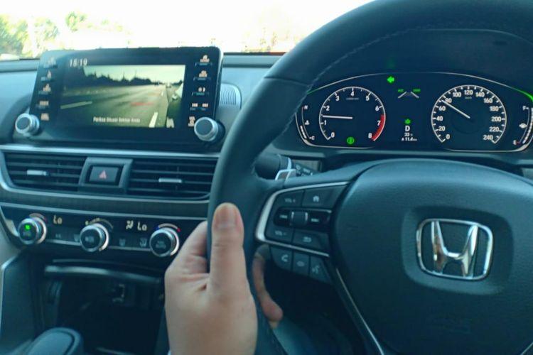 Kondisi titik buat di sebelah kiri Honda Accord