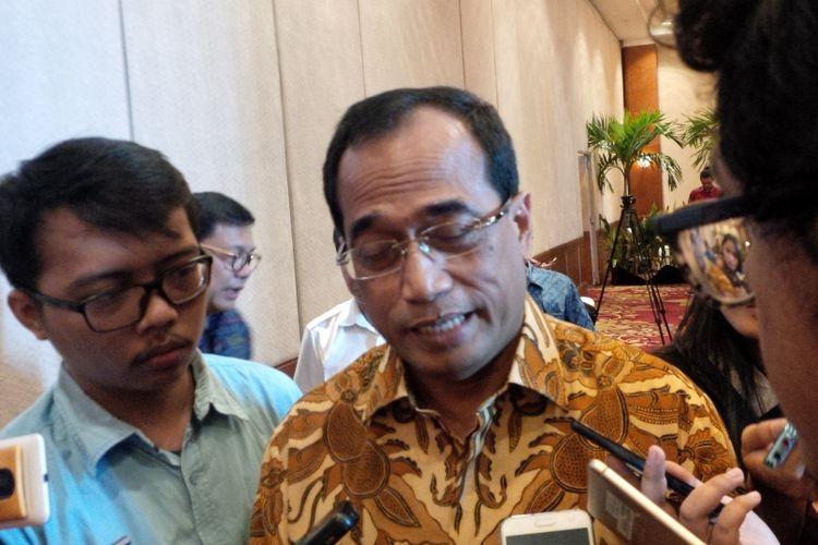 Menteri Perhubungan, Budi Karya Sumadi di Hotel Redtop Jakarta (16/10/2017).