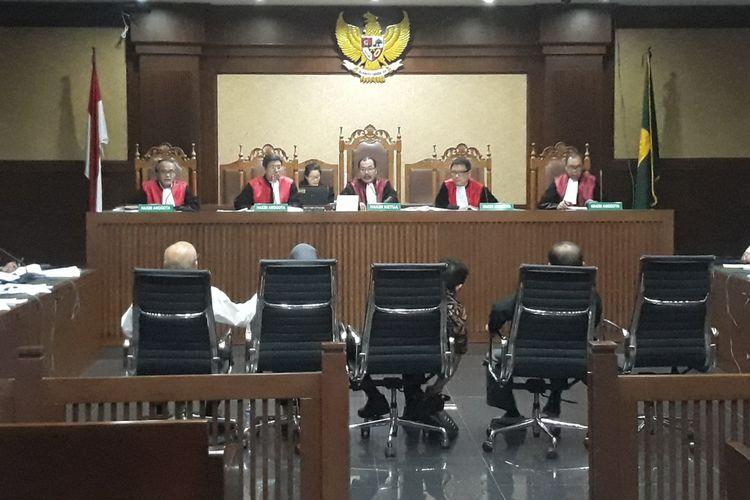 Persidangan terhadap terdakwa mantan Direktur Utama PT Asuransi Jasa Indonesia (Jasindo), Budi Tjahjono kembali digelar di Pengadilan Tindak Pidana Korupsi Jakarta, Rabu (9/1/2019).