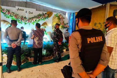 Menikah di KUA, Wali dan Pengantin Perempuan Positif Covid-19 Terpaksa Menunggu di Dekat Gerbang