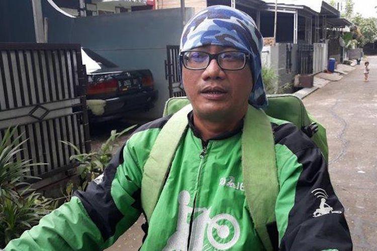 Muhamad Yusuf Rachman Caleg DPRD Kabupaten Bekasi dari PDI Perjuangan yang merupakan pengemudi ojek online.