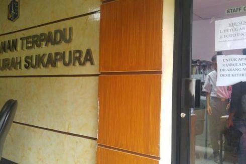 Tujuh Jam Hanya untuk Mengurus Foto E-KTP di Kelurahan