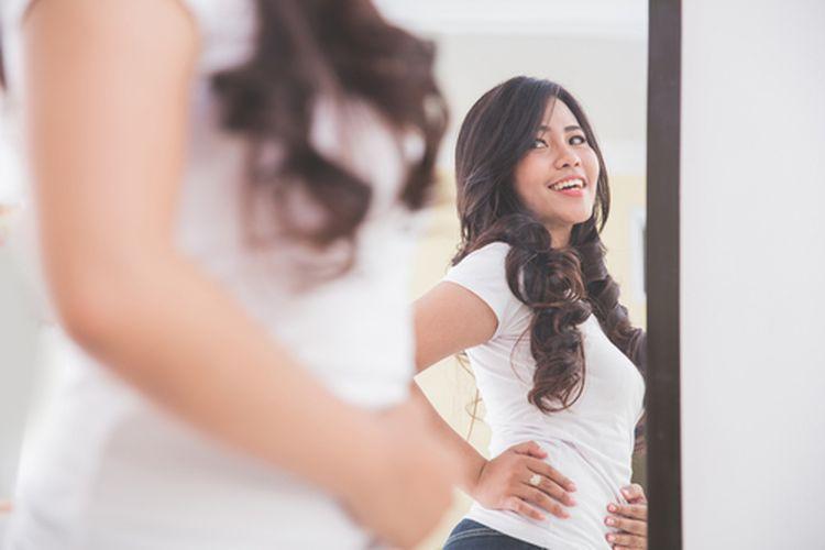 Otak kita membentuk persepsi tertentu terhadap penampilan kita ketika bercermin. Membuat tampilan kita terlihat tak sama ketika difoto.