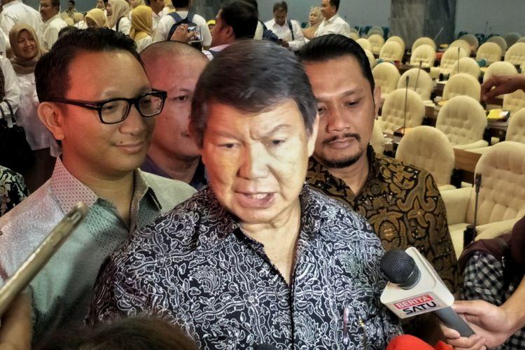 Wakil Ketua Dewan Pembina Partai Gerindra Hashim Djojohadikusumo saat berbicara dalam seminar Fraksi Partai Gerindra MPR RI di Kompleks Parlemen, Senayan, Jakarta, Rabu (28/3/2018).