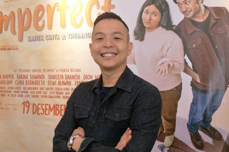 Ernest Prakasa dalam jumpa pers peluncuran soundtrack film Imperfect di kawasan Sarinah, Jakarta Pusat, Selasa (29/10/2019).