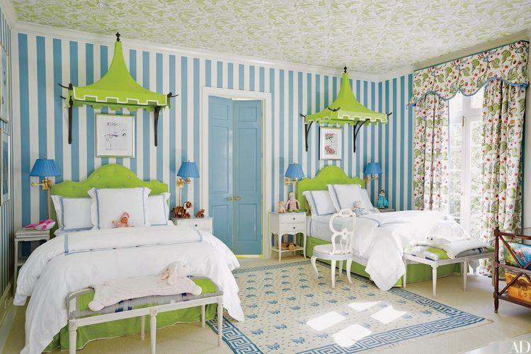Kombinasi warna hijau dan biru di kamar anak