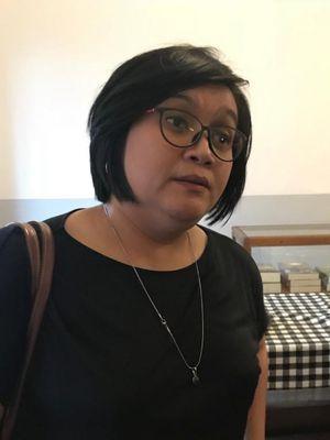 Peneliti dalam riset Lokataru Foundation soal Badan Penyelenggara Jaminan Sosial (BPJS) Kesehatan, Atnike Sigiro, di Kedai Tjikini, Jakarta Pusat, Kamis (27/9/2018).
