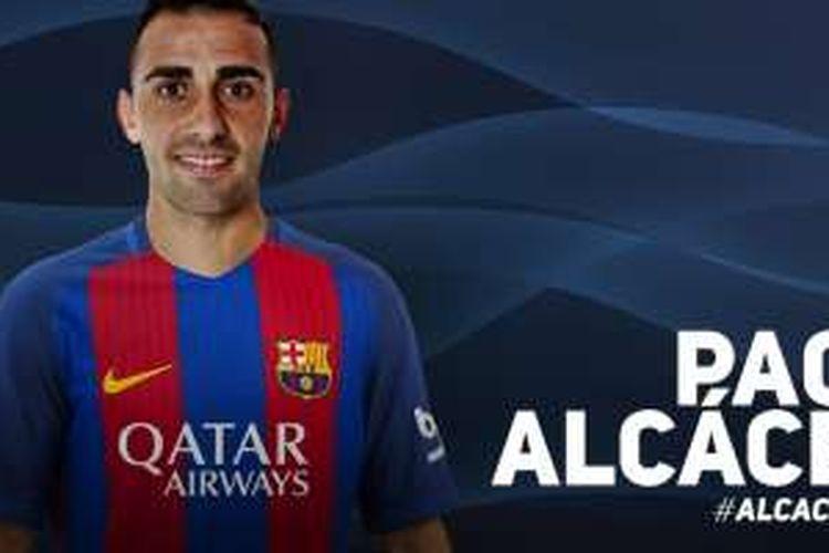 Barcelona mengumumkan transfer Paco Alcacer dari Valencia, Selasa (30/8/2016).