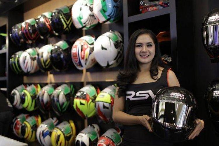 Ilustrasi RSV Helmet store di Jakarta