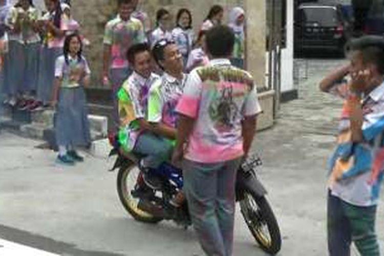Suasana konvoi pelajar di Boyolali Kota, Sabtu (7/6/2016).
