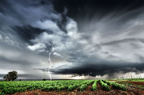 BMKG: Waspada Cuaca Ekstrem Selama Pancaroba Maret-Mei 2020