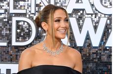 Cara J.Lo Rayakan 21 Tahun Berkarya dengan Album