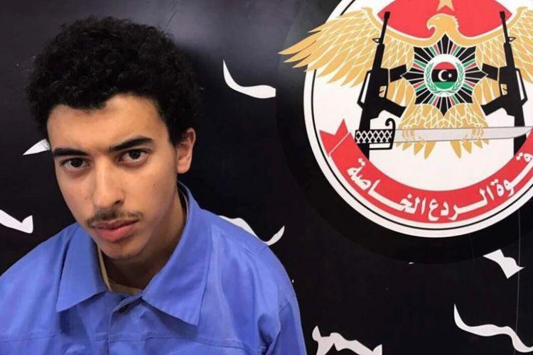 Hashim Ramadan Abedi, adik tersangka pembom bunuh diri Salman Abedi, ditangkap bersamay ayahnya di Tripoli, Libya, Selasa (23/5/2017).