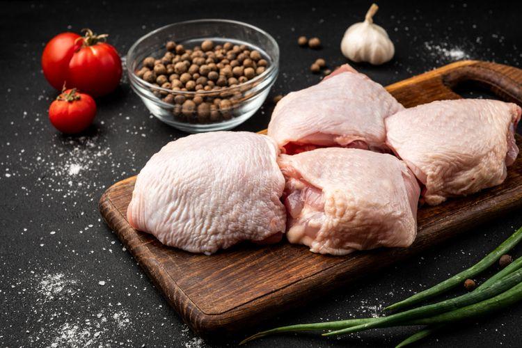 Ilustrasi daging ayam organik.