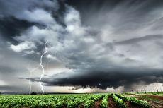 BMKG: Waspada Potensi Cuaca Ekstrem 2 Hari Ini, Berikut Daftar Wilayahnya