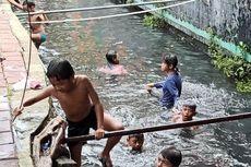 Anak-anak Bermain di Selokan Pademangan, Camat Sebut akibat Jenuh di Rumah Saja