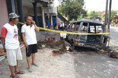 Sebuah Mobil Terbakar di Magetan, Diduga Angkut BBM, Sopir Selamat